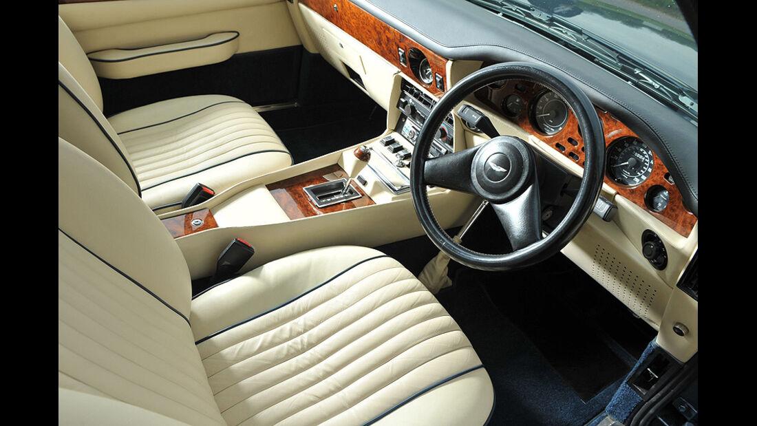 Aston Martin V8 - Interieur