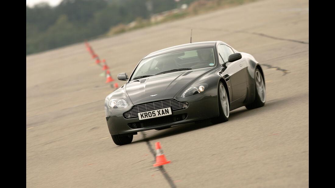 Aston Martin V8 Vantage 06