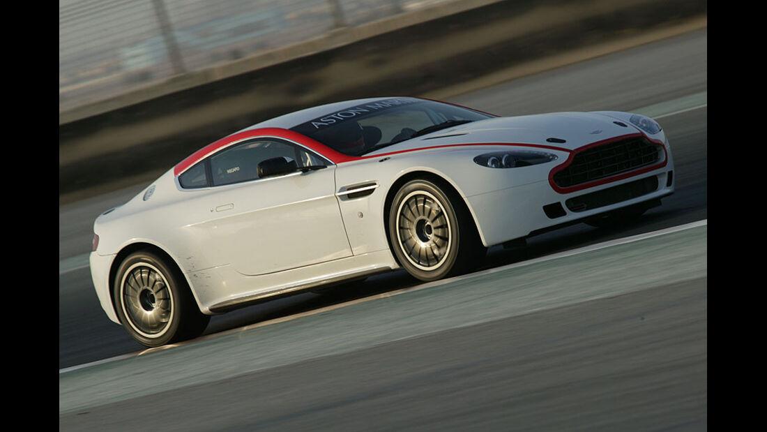 Aston Martin V8 Vantage GT4 Rennwagen