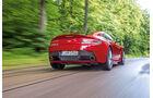 Aston Martin V8 Vantage, Heckansicht