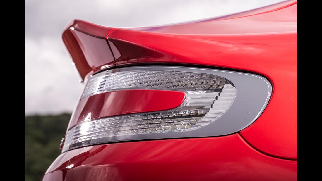 Aston Martin V8 Vantage, Heckspoiler