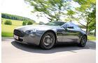Aston Martin V8 Vantage, Seitenansicht