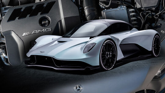 Aston Martin Valhalla Vierzylinder Mercedes Motor