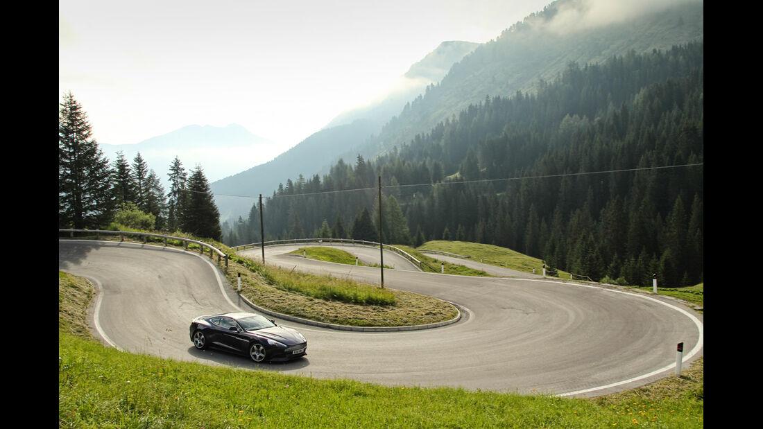 Aston Martin Vanquish, Kurvenfahrt