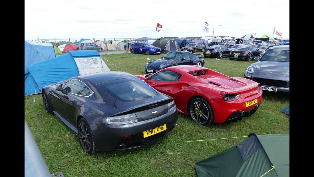 Aston Martin Vantage - Ferrari 488 GTB - Carspotting - 24h Le Mans 2018