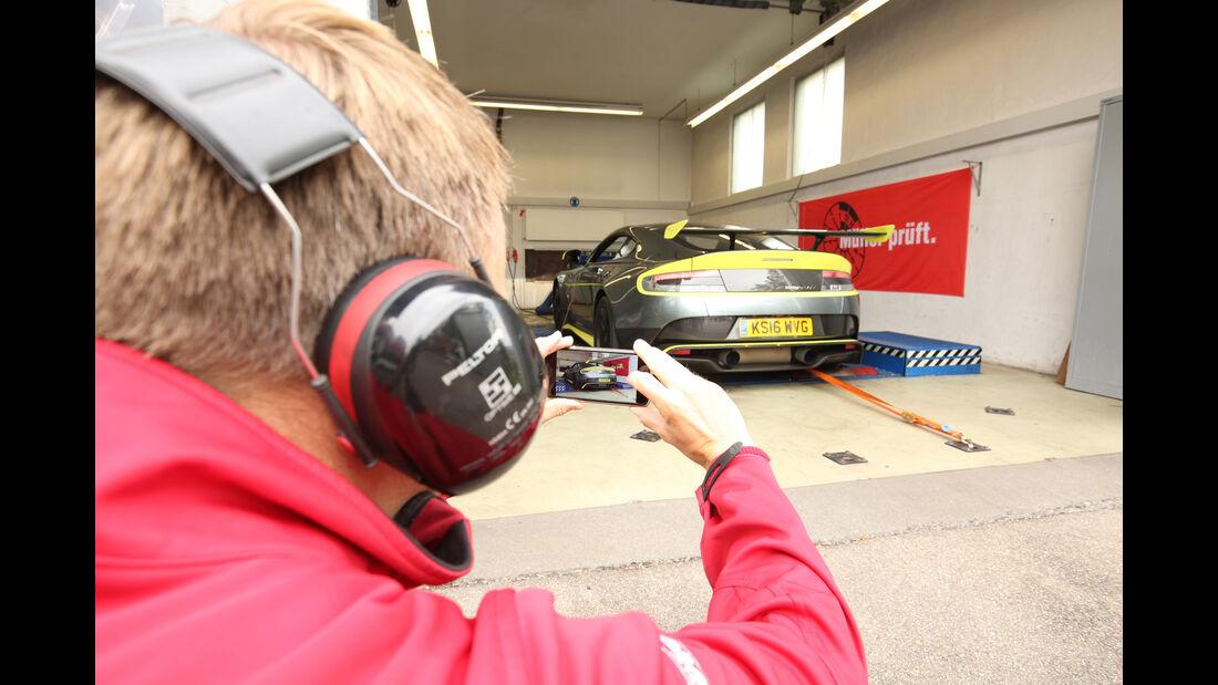 Aston Martin Vantage GT8, Messstand, Test