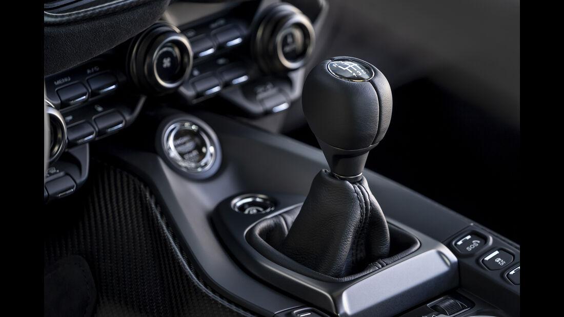Aston Martin Vantage, Interieur