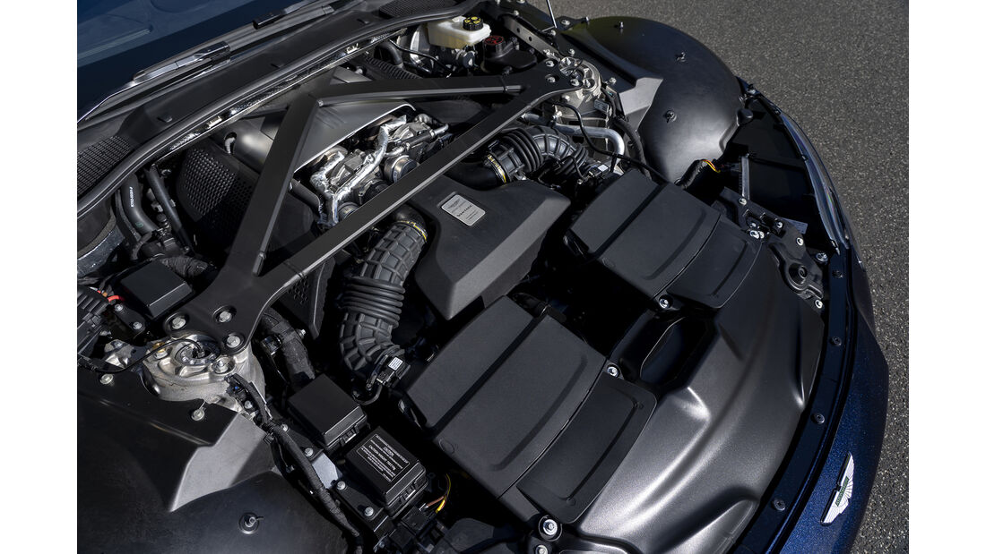 Aston Martin Vantage, Motorraum