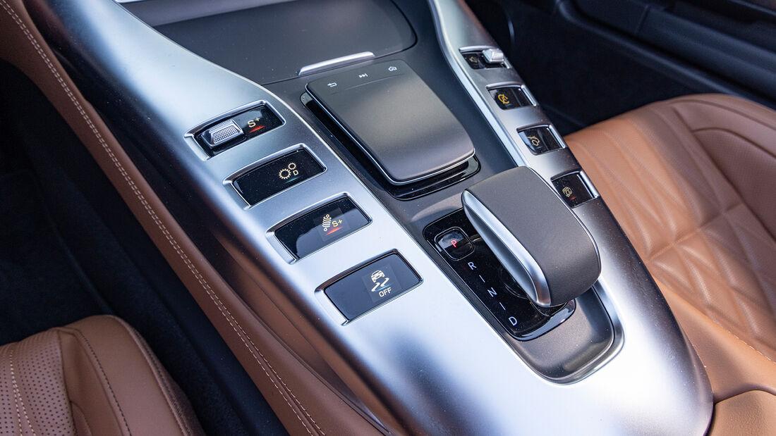 Aston Martin Vantage Roadster, Interieur