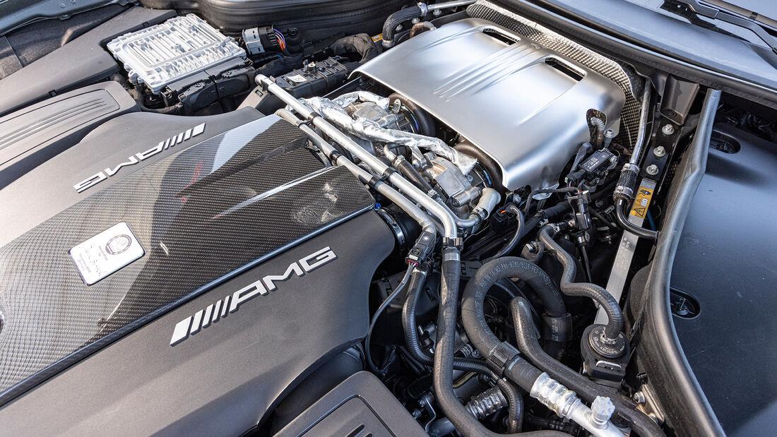 Aston Martin Vantage Roadster, Motor