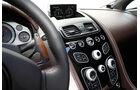 Aston Martin Vantage S, Mittelkonsole