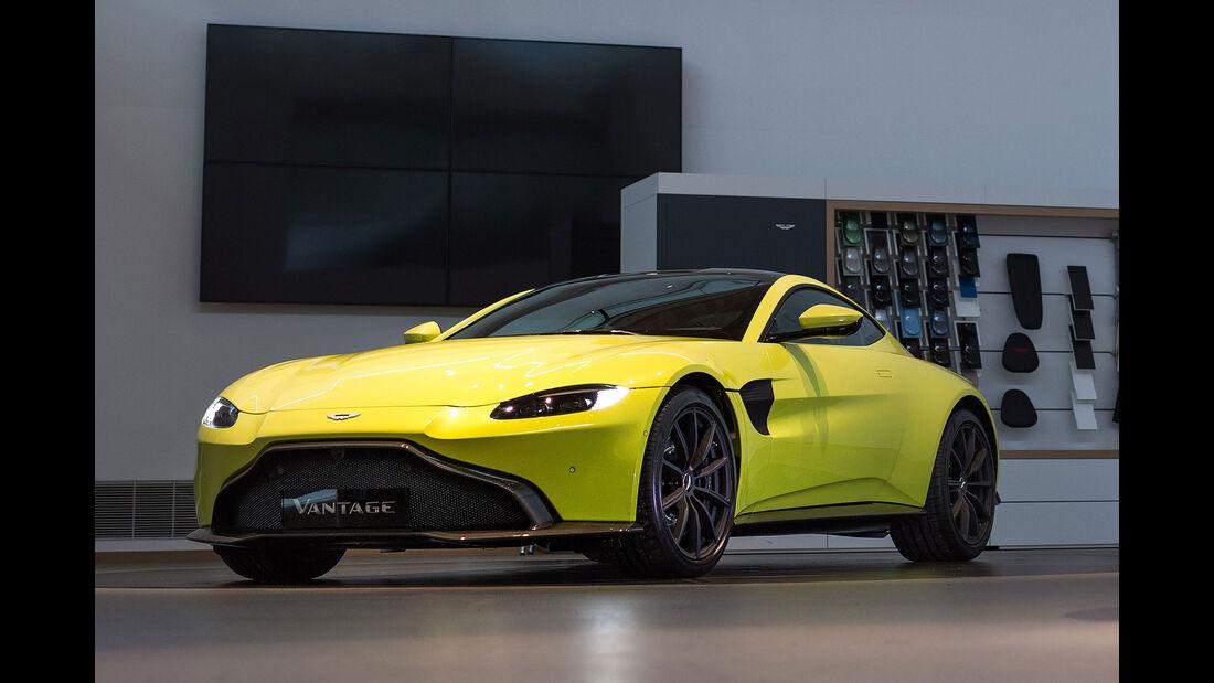 Aston Martin Vantage V8.