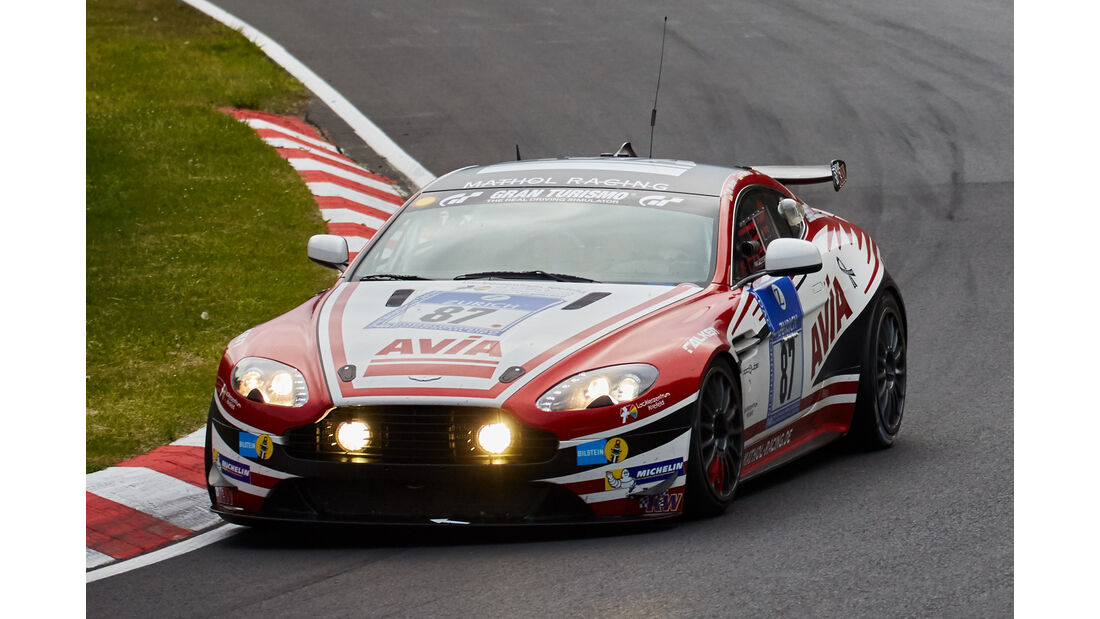 Aston Martin Vantage V8-GT4 - Team Mathol Racing e.V. - Startnummer: #87 - Bewerber/Fahrer: Wolfgang Weber, Norbert Bermes, Scott Preacher, Hendrik Still - Klasse: SP10 GT4
