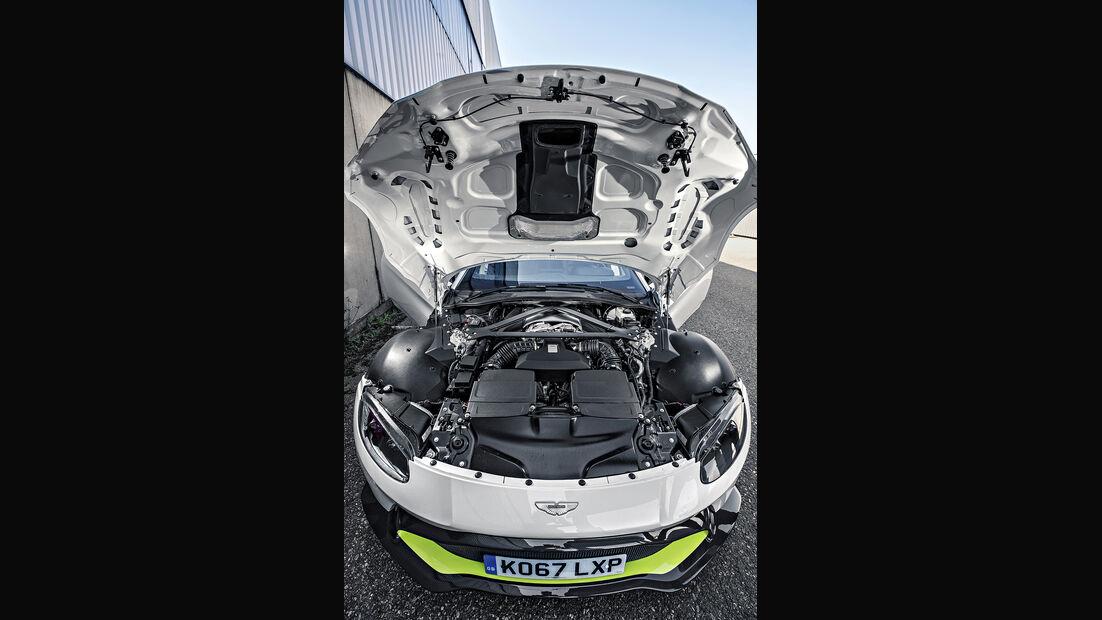 Aston Martin Vantage V8, Motor
