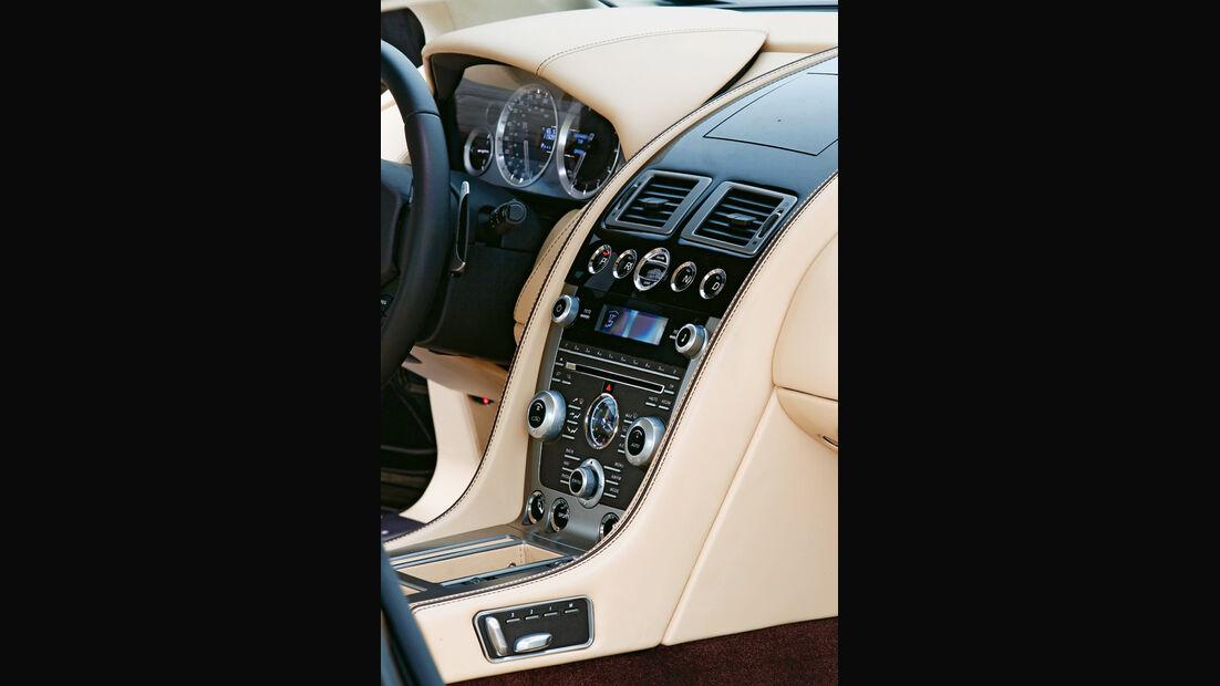 Aston Martin Virage, Mittelkonsole