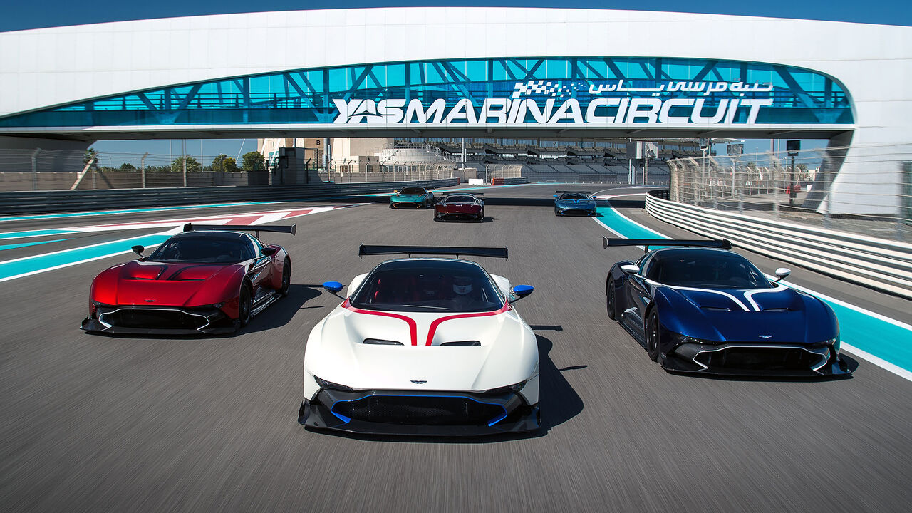 Umbau Für Aston Martin Vulcan Zum Renner Mit Straßenzulassung Auto Motor Und Sport
