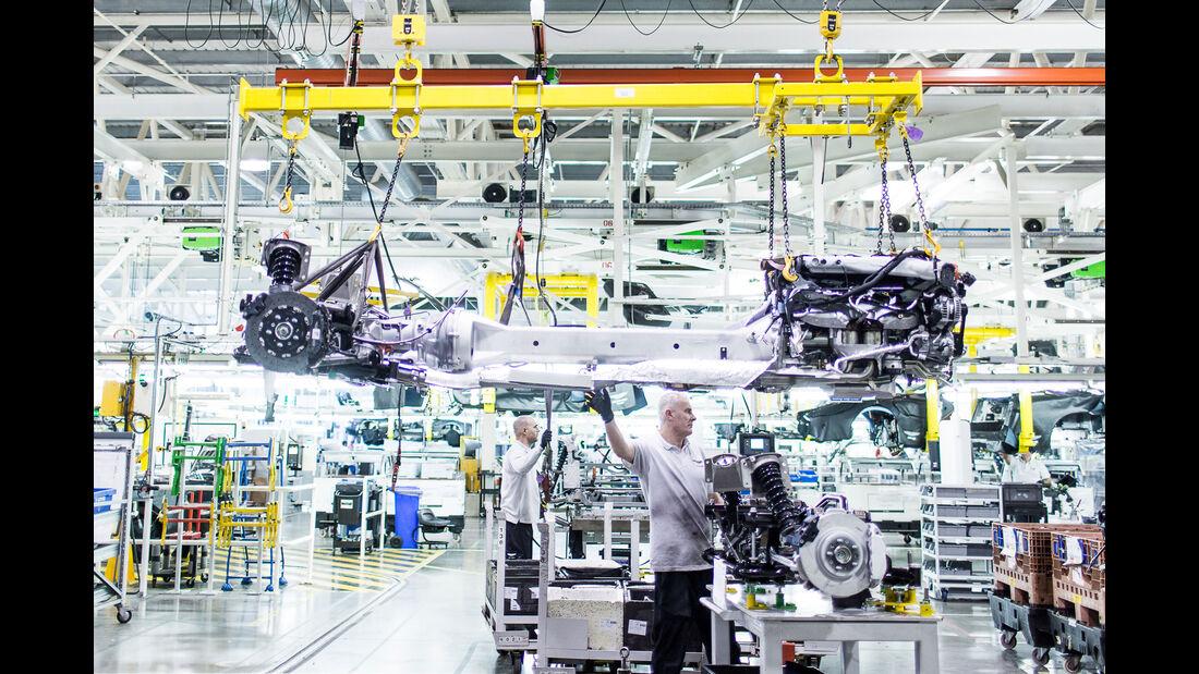 Aston Martin - Werksbesuch - Gaydon