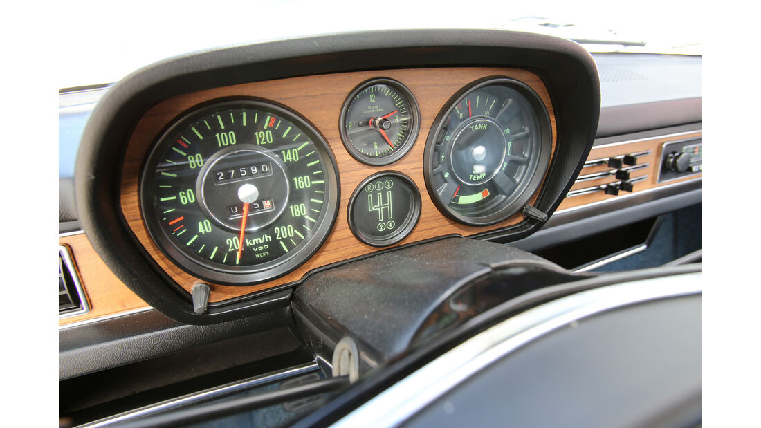 Audi 100 LS, Rundinstrumente