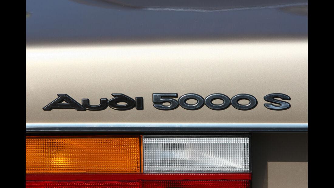 Audi 5000S, Detail, Hecklicht, Logo Audi 5000 S