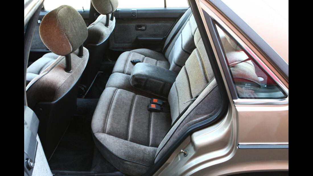 Audi 5000S, Detail, Sitzbank
