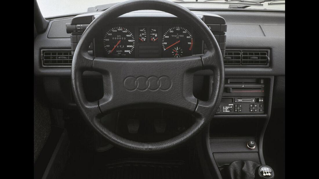 Audi 80 B3 Cockpit 1986