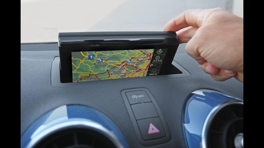 Audi A1 1.0 TFSI, Monitor, Navi