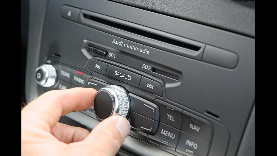 Audi A1, Audi A4, Radio