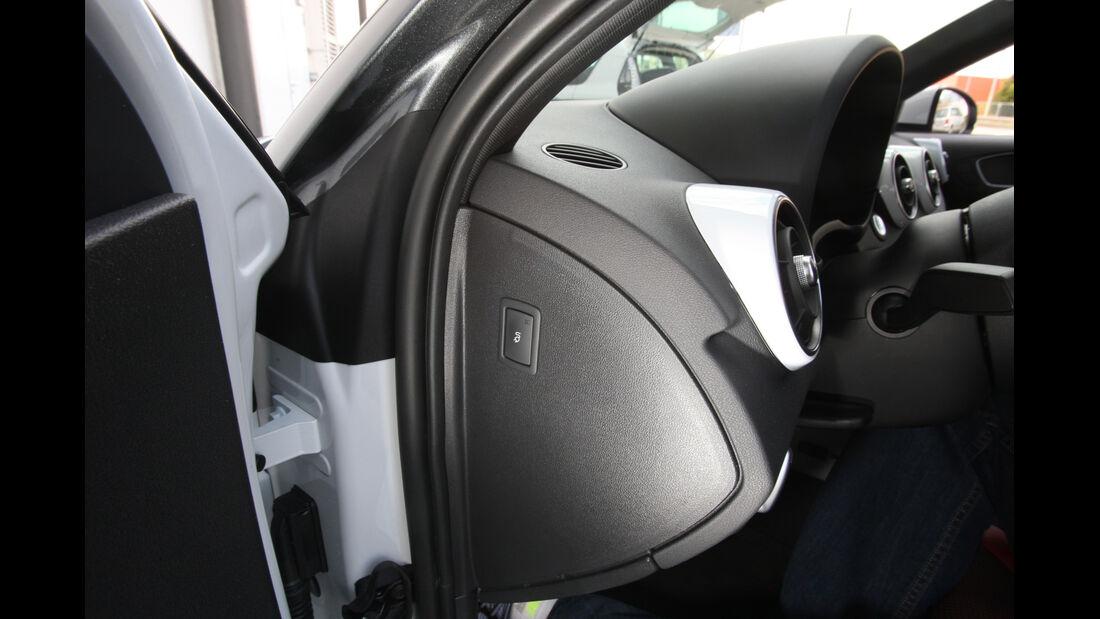 Audi A1 E-Tron, Stromzufuhr, Schalter