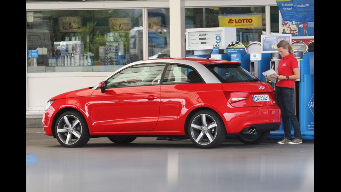 Audi A1, Innenraum, Cockpit, Lenkrad