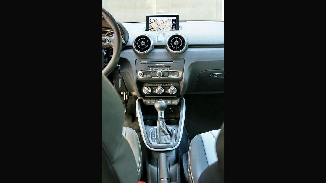 Audi A1, Mittelkonsole, Navi, Display