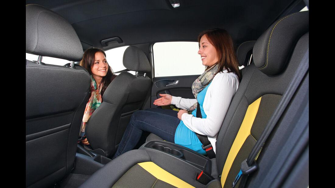Audi A1 Sportback 2.0 TDI Ambition, Rückbank, Beinfreiheit