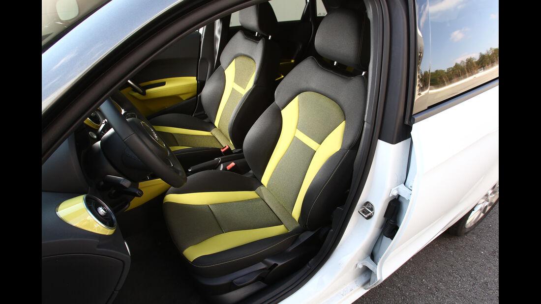 Audi A1 Sportback 2.0 TDI Ambition, Vordersitze, Fahrersitz