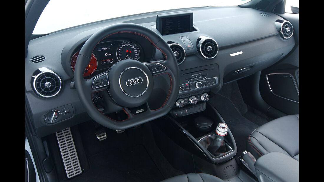 Audi A1 quattro, Cockpit, Lenkrad