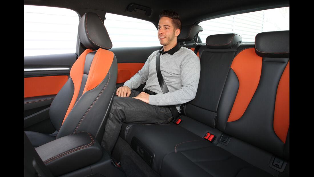 Audi A3 2.0 TDI, Rücksitz, Beinfreiheit