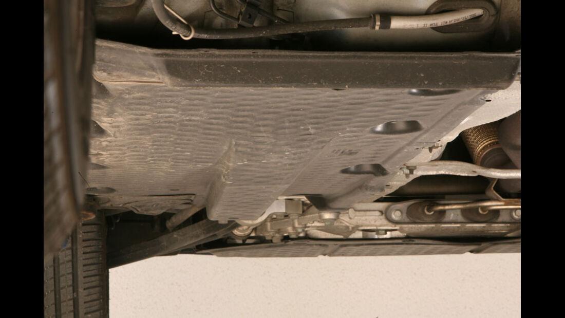 Audi A3, Abdeckblech