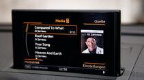 Audi A3, Bildschirm