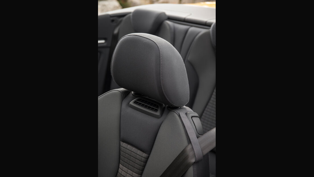 Audi A3 Cabriolet 1.4 TFSI, Nackenfön, Kopfstütze
