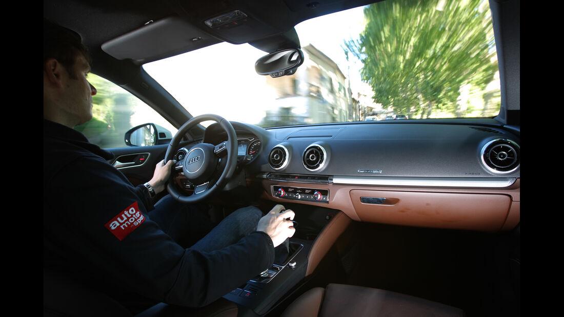 Audi A3, Cockpit