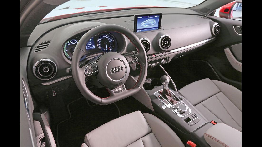 Audi A3 E-Tron, Cockpit