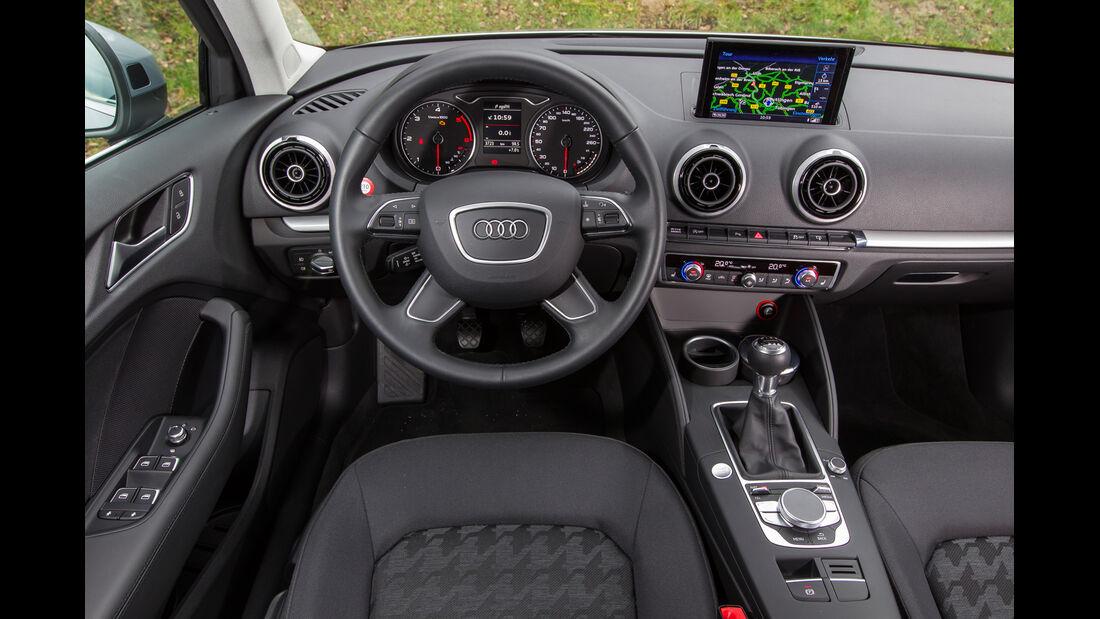 Audi A3 Limousine 1.6 TDI Ultra, Cockpit