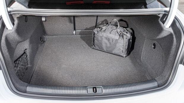 Audi A3 Limousine 40 TFSI Quattro, Interieur
