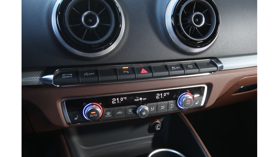 Audi A3, Mittelkonsole