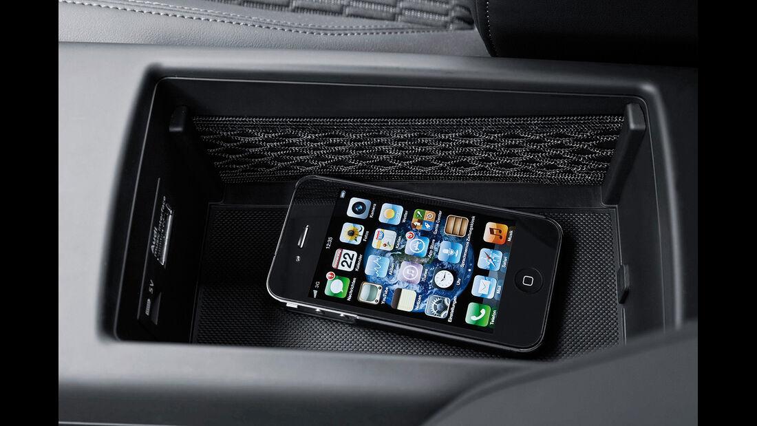 Audi A3, Phone Box