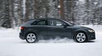 Audi A3, Seitenansicht, Schnee