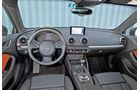 Audi A3 Sportback 2.0 TDI, Cockpit, Lenkrad
