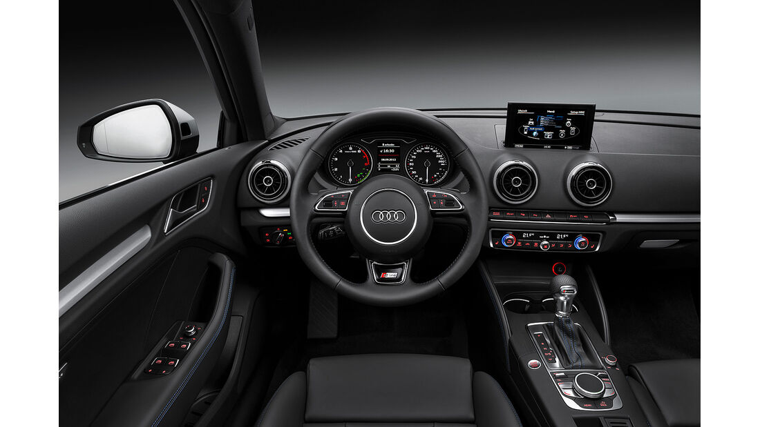Audi A3 Sportback TCNG, Cockpit, Lenkrad
