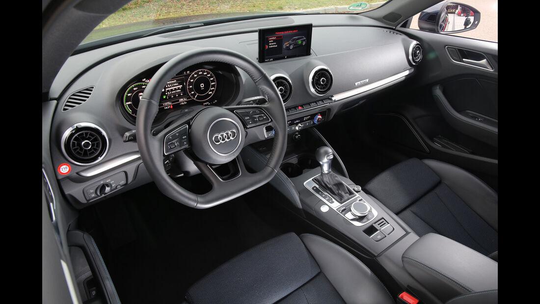 Audi A3 Sportback e-tron, Cockpit