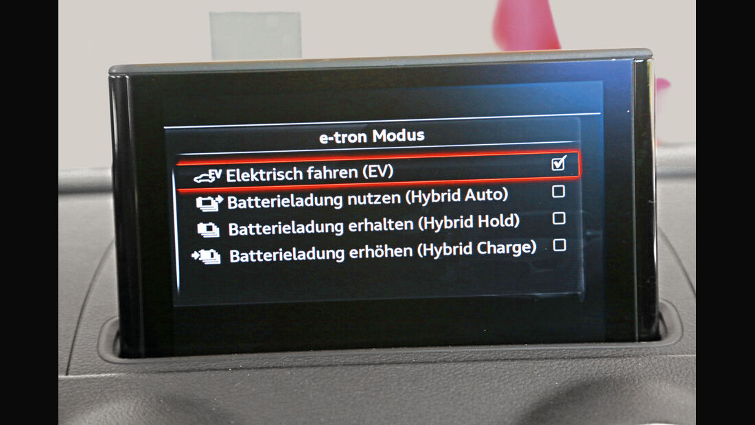 Audi A3 Sportback e-tron, Monitor, Infotainment