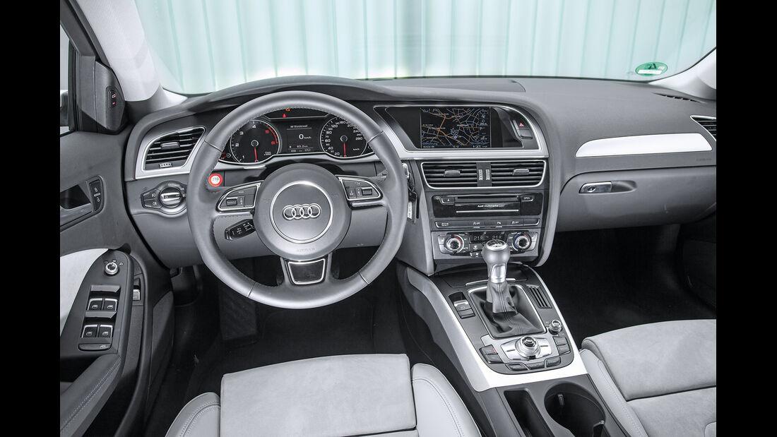 Audi A4 2.0 TDI, Cockpit, Lenkrad