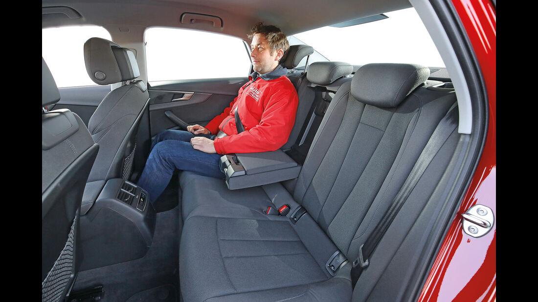 Audi A4 2.0 TDI, Fondsitze